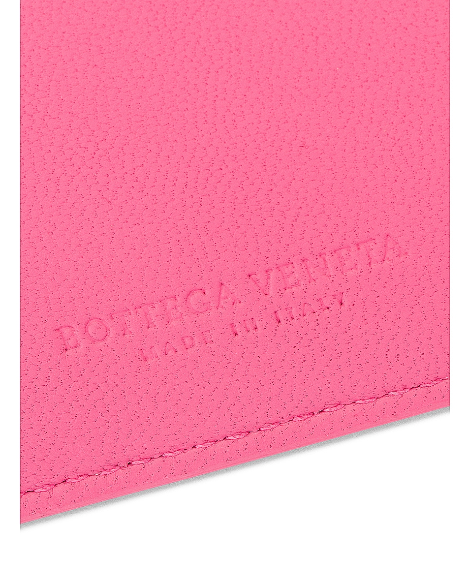 Image 5 of Bottega Veneta Leather Card Case in Rosa & Silver
