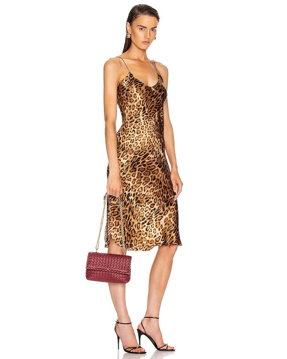 Image 2 of Bottega Veneta Woven Shoulder Bag in Bordeaux & Gold