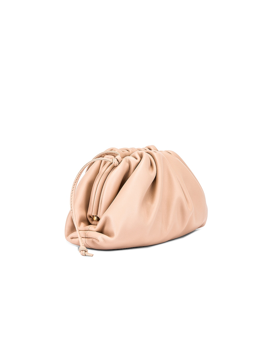 Image 3 of Bottega Veneta Butter Leather The Pouch 20 Clutch Bag in Nude & Gold