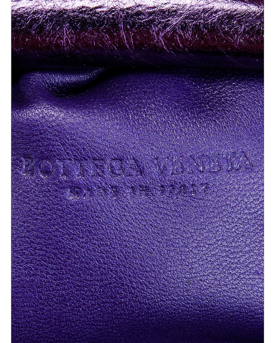 Image 7 of Bottega Veneta Wrinkled The Pouch 20 Clutch Bag in Viola & Silver