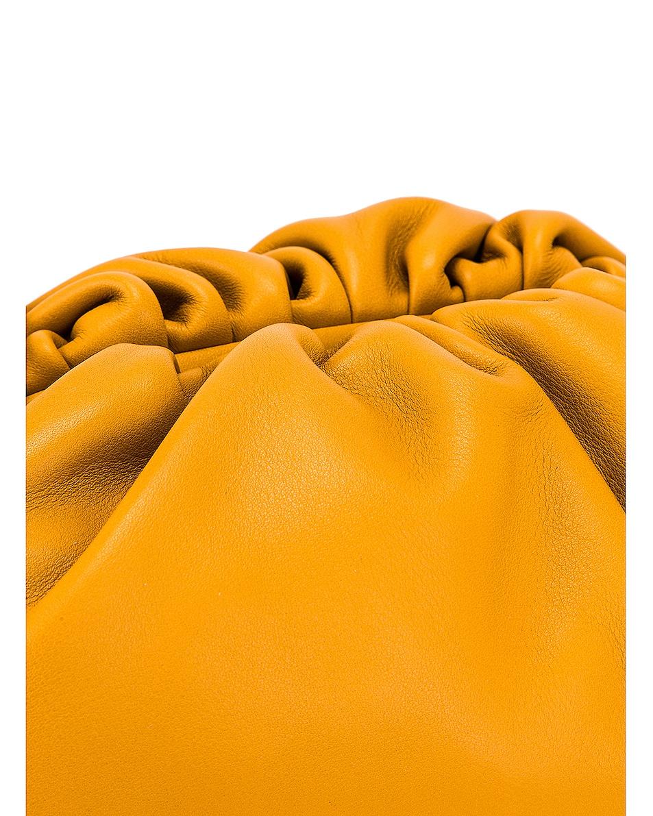 Image 8 of Bottega Veneta The Pouch 20 Clutch Bag in Ocra & Gold