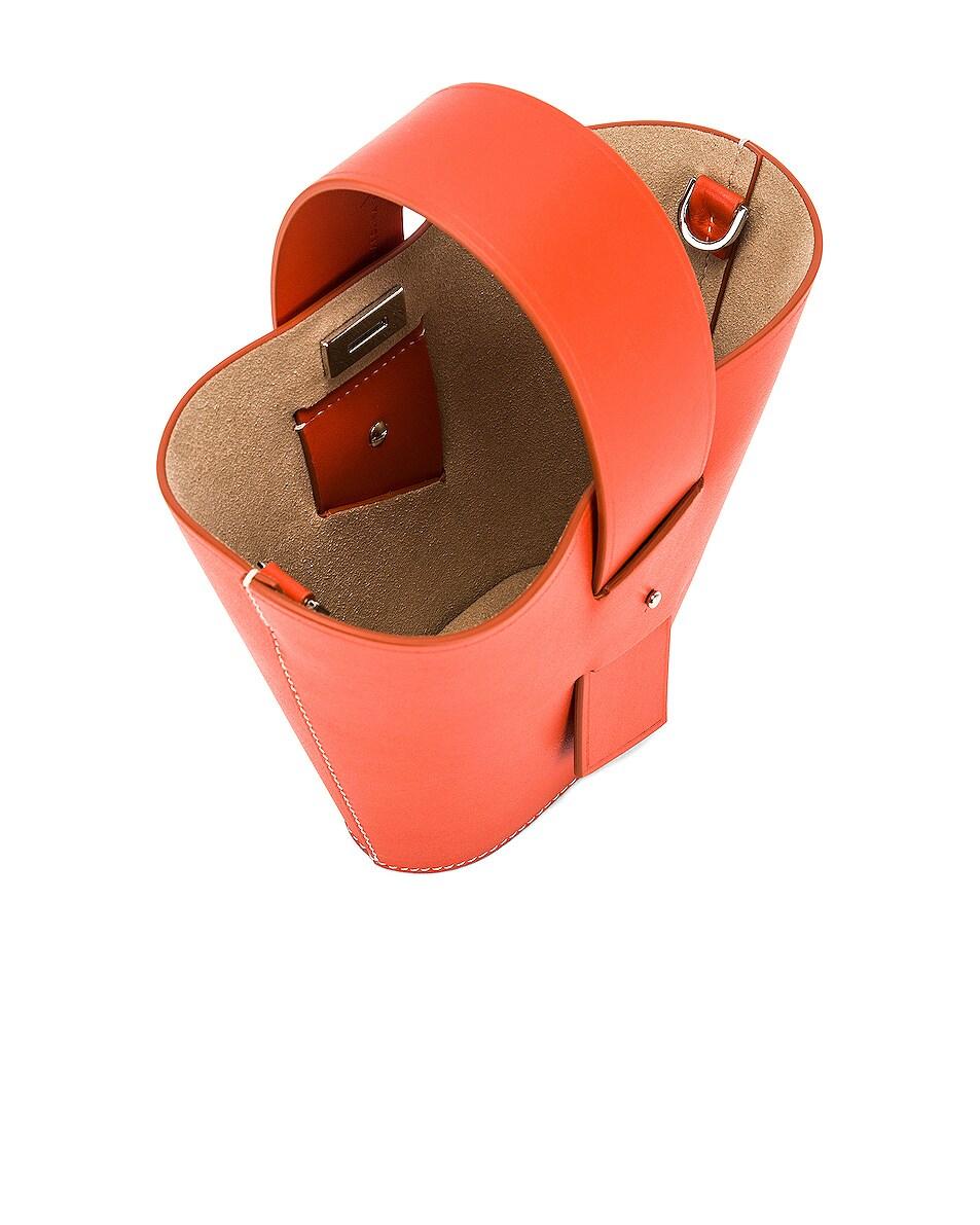 Image 5 of Carolina Santo Domingo Amphora Mini in Mango