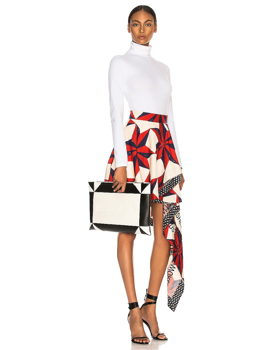 Image 2 of CALVIN KLEIN 205W39NYC Geometric Quilted Clutch in White & Black