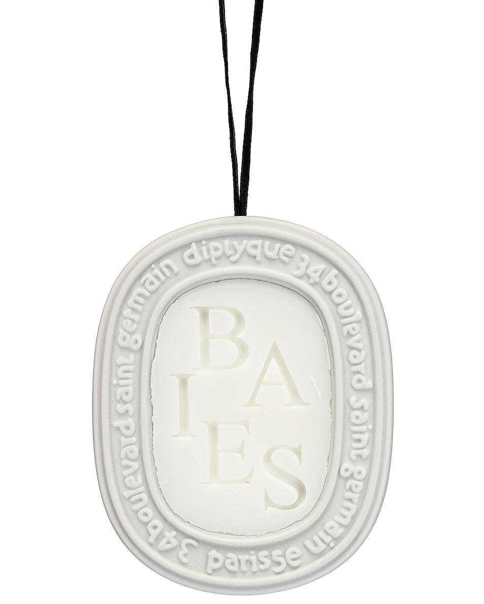 Image 1 of Diptyque Baies Scented Oval in