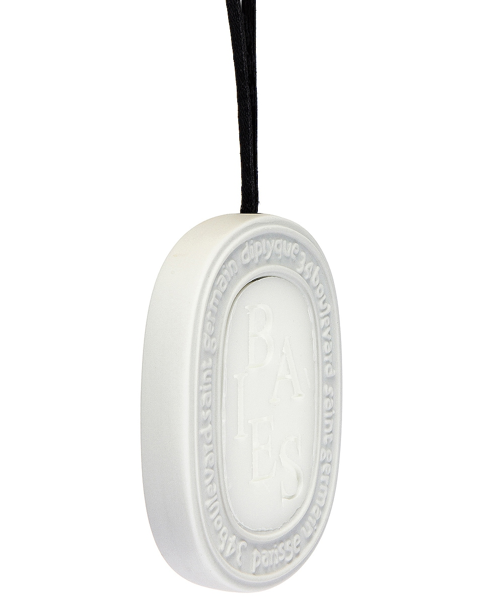 Image 3 of Diptyque Baies Scented Oval in