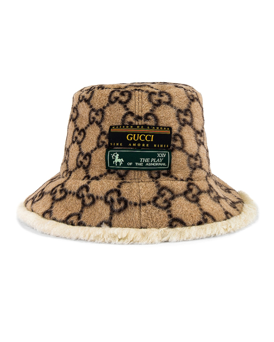 Image 1 of Gucci Bucket Hat in Beige & White