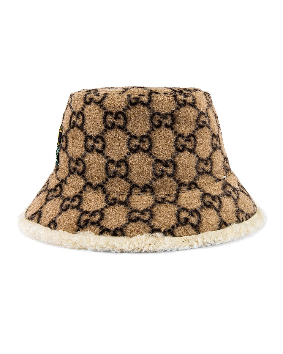Image 3 of Gucci Bucket Hat in Beige & White