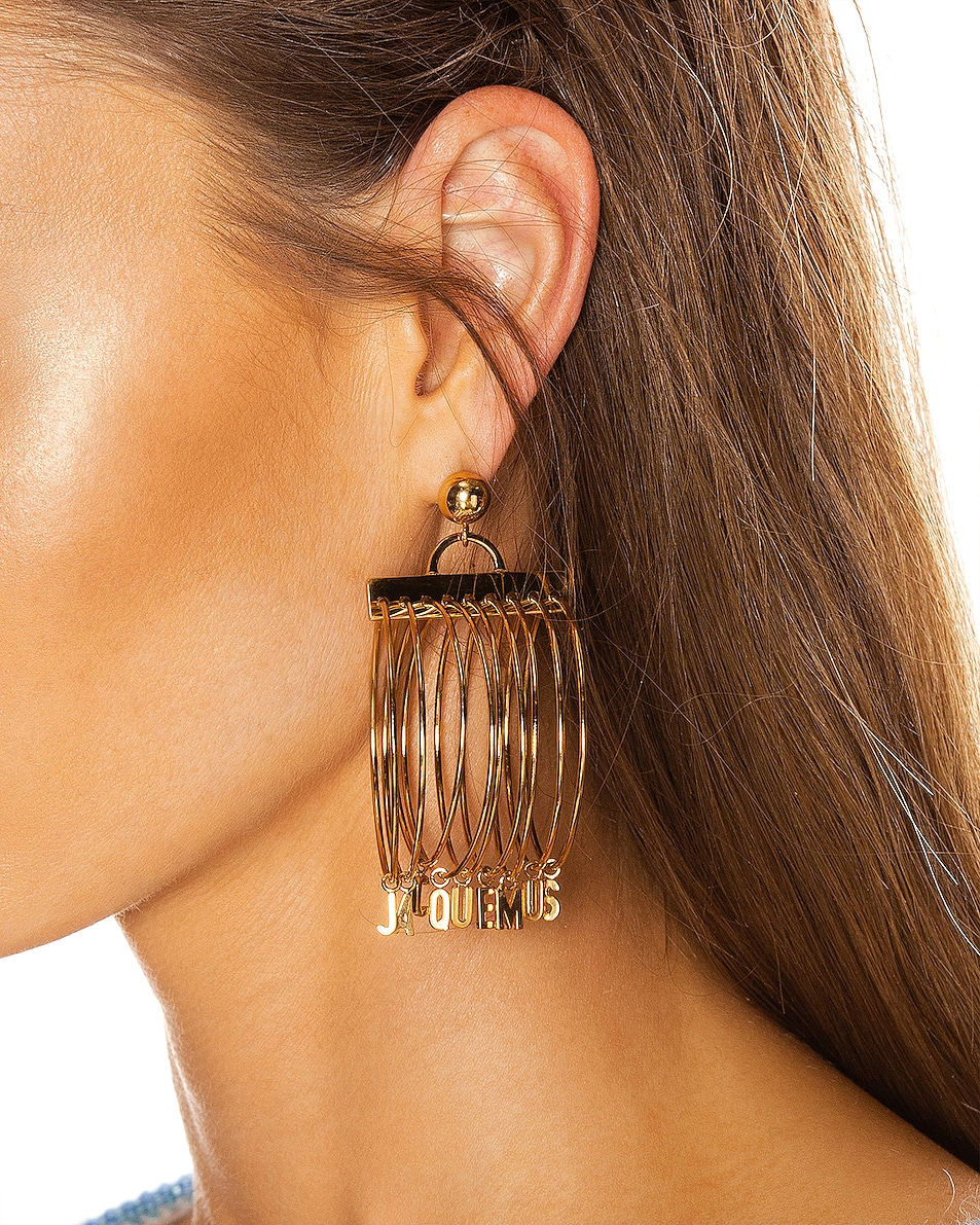 Image 2 of JACQUEMUS Ring Earrings in Gold