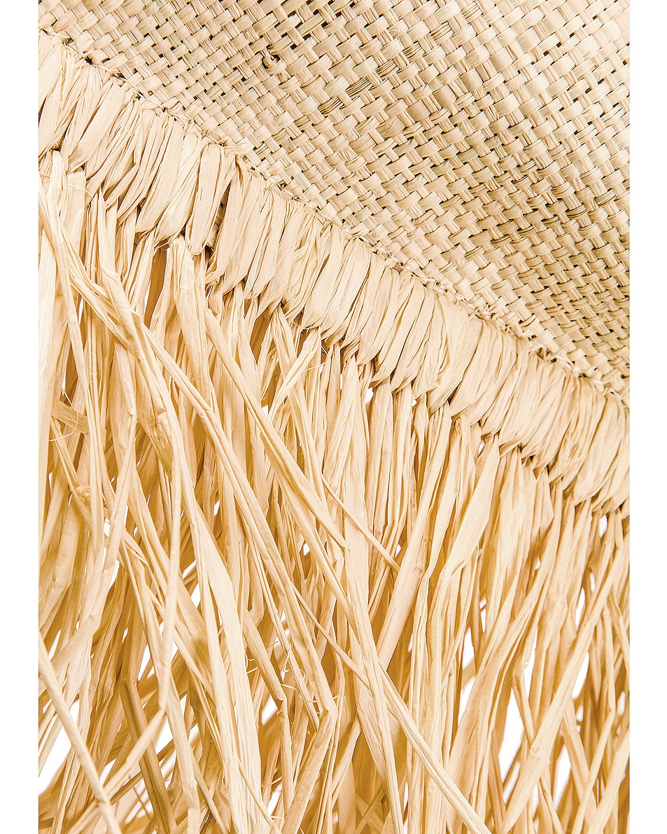 Image 7 of JACQUEMUS Baci Bag in Beige Leather