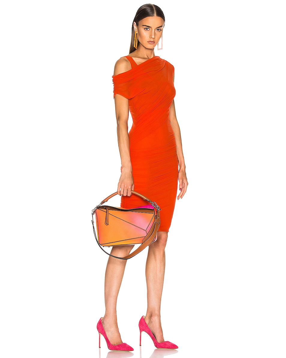 Image 2 of Loewe Puzzle Spray Bag in Orange Sunset