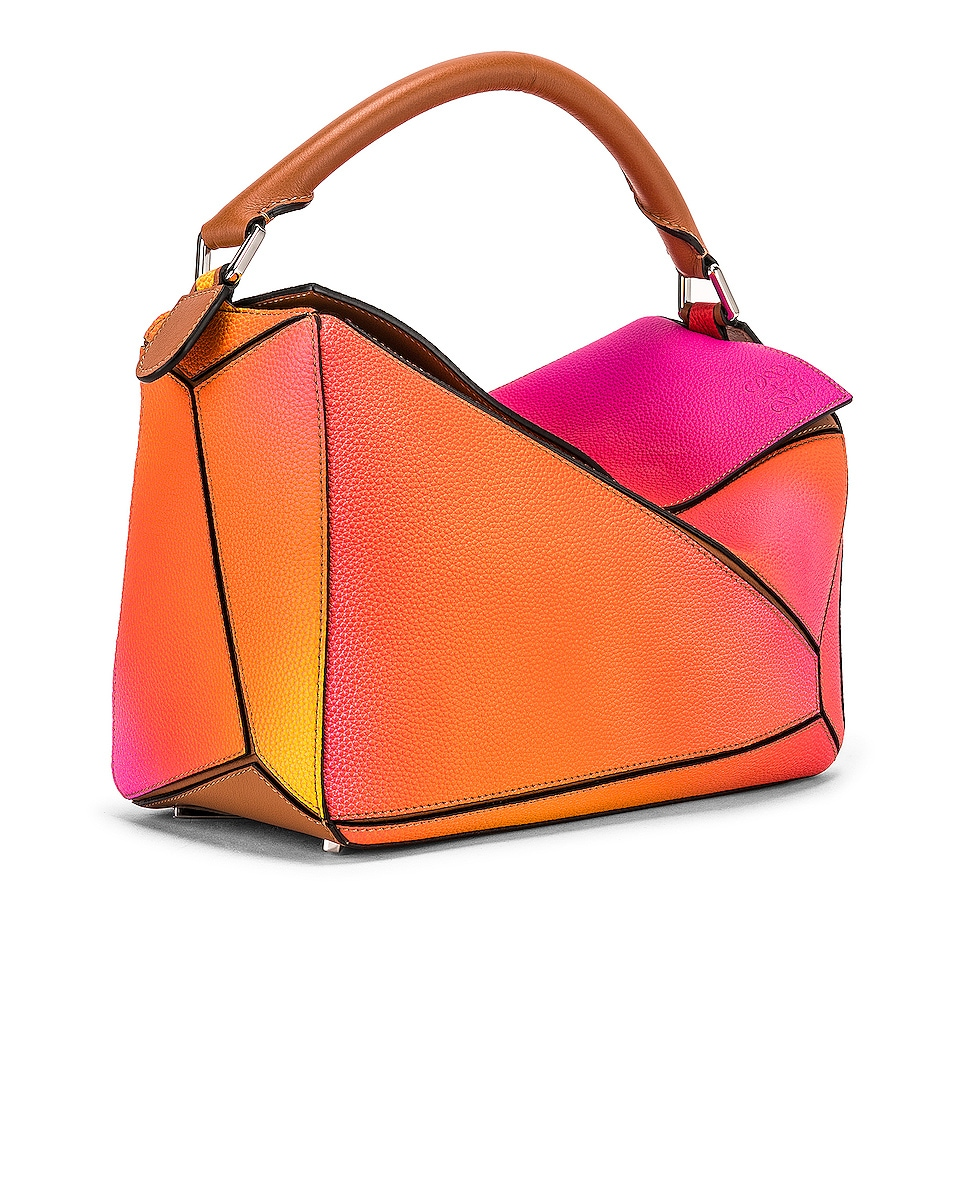Image 4 of Loewe Puzzle Spray Bag in Orange Sunset