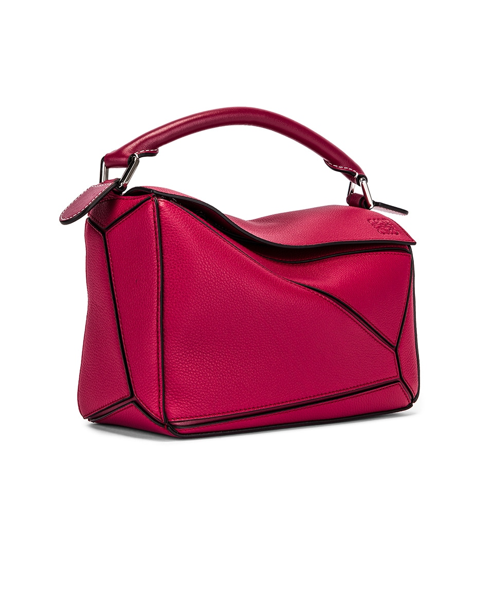 Image 4 of Loewe Puzzle Small Bag in Raspberry