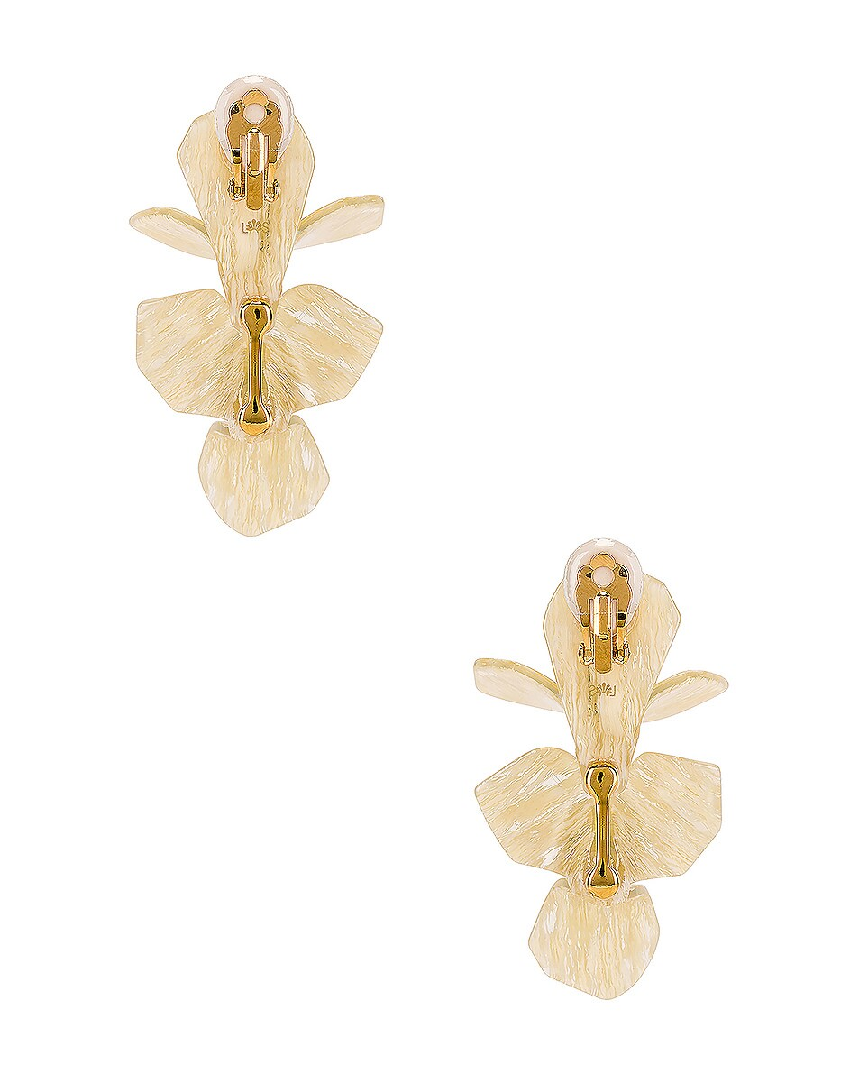 Image 4 of Lele Sadoughi Trillium Bouquet Earrings in Shell