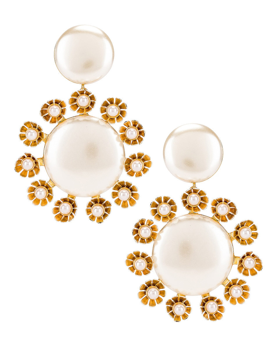 Image 1 of Lele Sadoughi Round Plumeria Earrings in Pearl