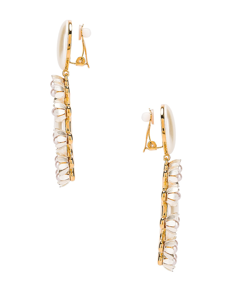 Image 2 of Lele Sadoughi Round Plumeria Earrings in Pearl
