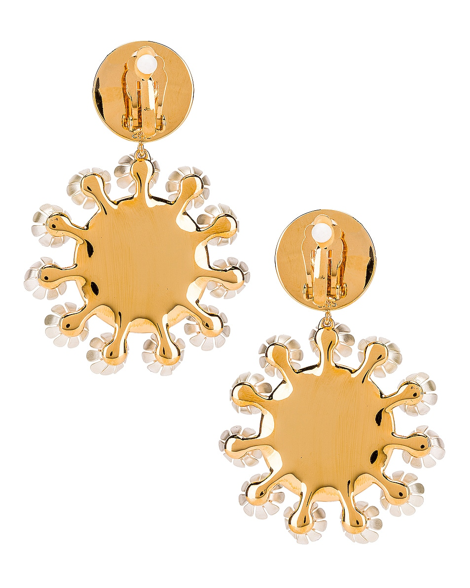 Image 3 of Lele Sadoughi Round Plumeria Earrings in Pearl