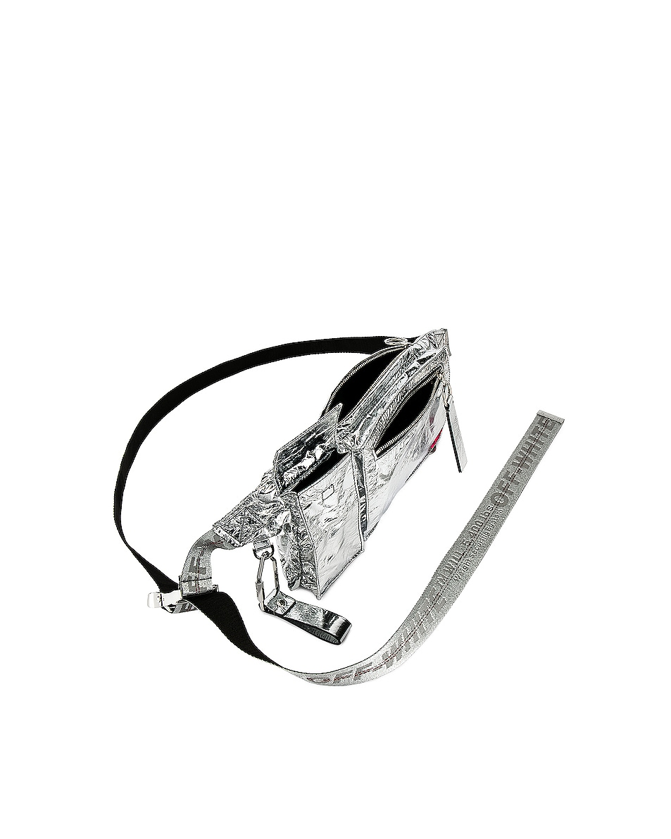 Image 4 of OFF-WHITE Pockets Fanny Pack in Silver
