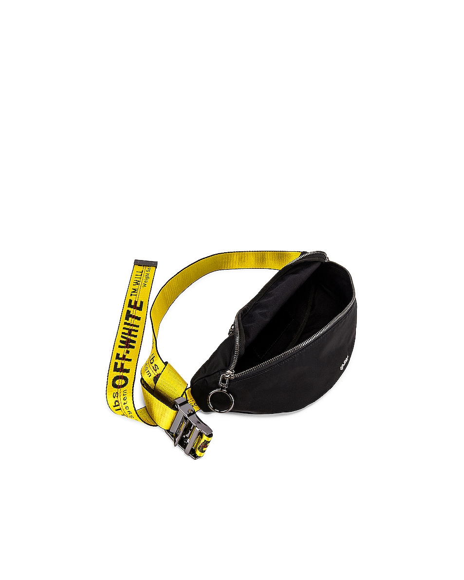 Image 4 of OFF-WHITE Basic Fannypack in Black
