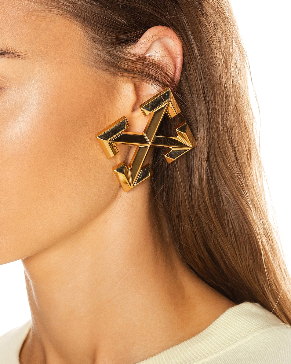 Image 2 of OFF-WHITE Big Arrow Earrings in Gold