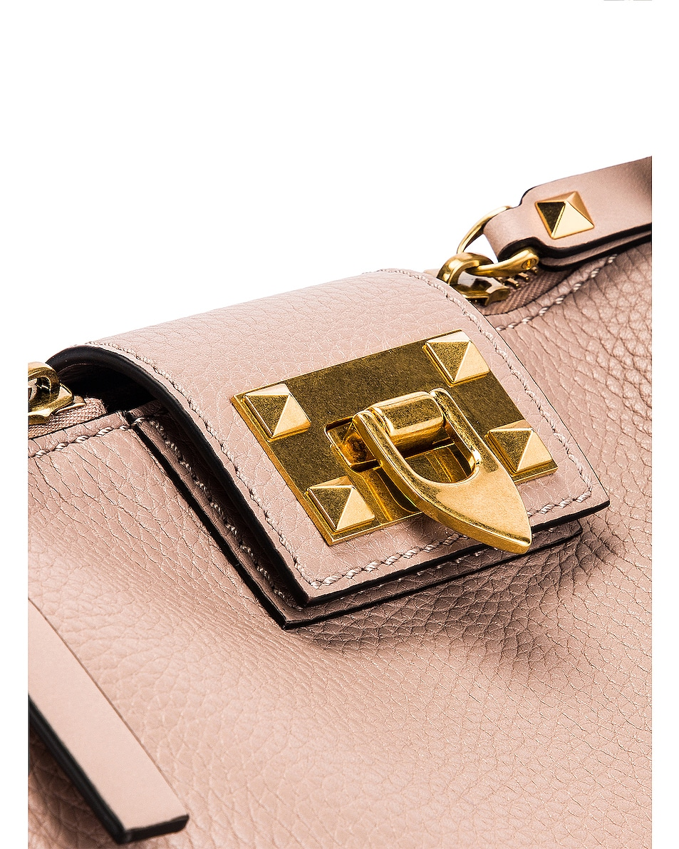 Image 8 of Valentino Rockstud Hype Tote in Poudre