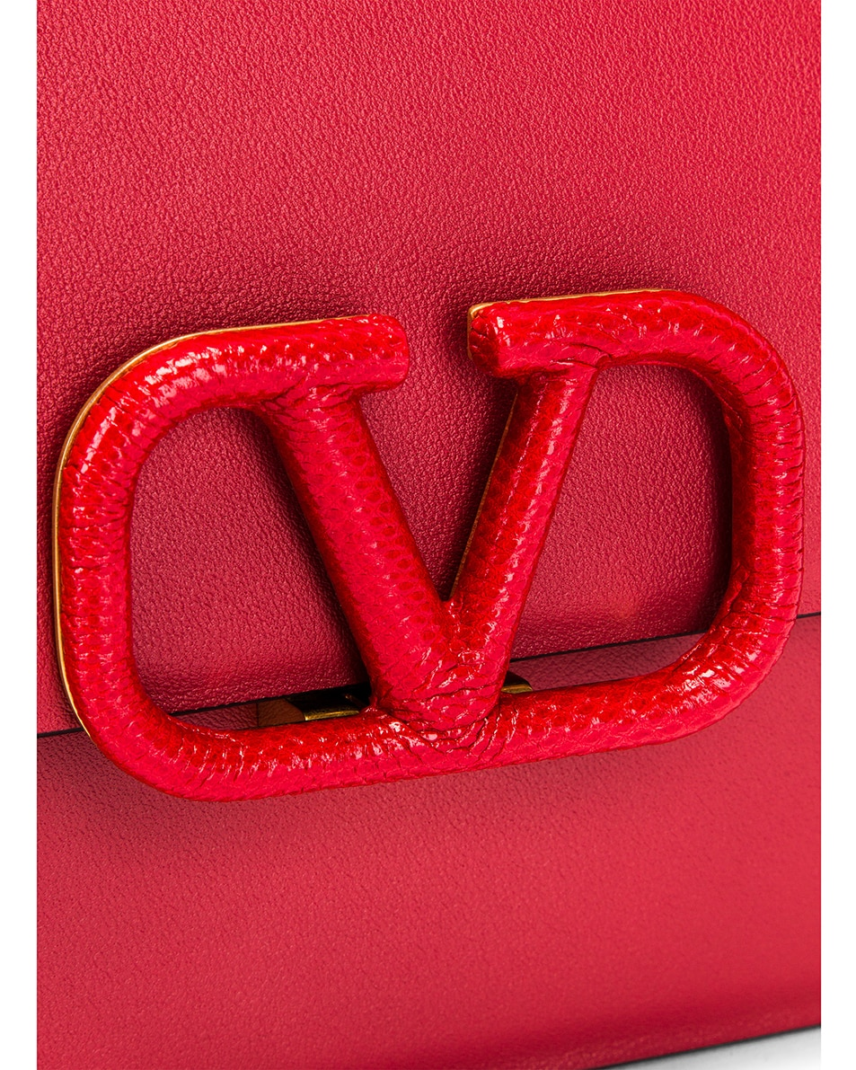Image 8 of Valentino Small VSling Chain Shoulder Bag in Rock Pink & Rouge Pur