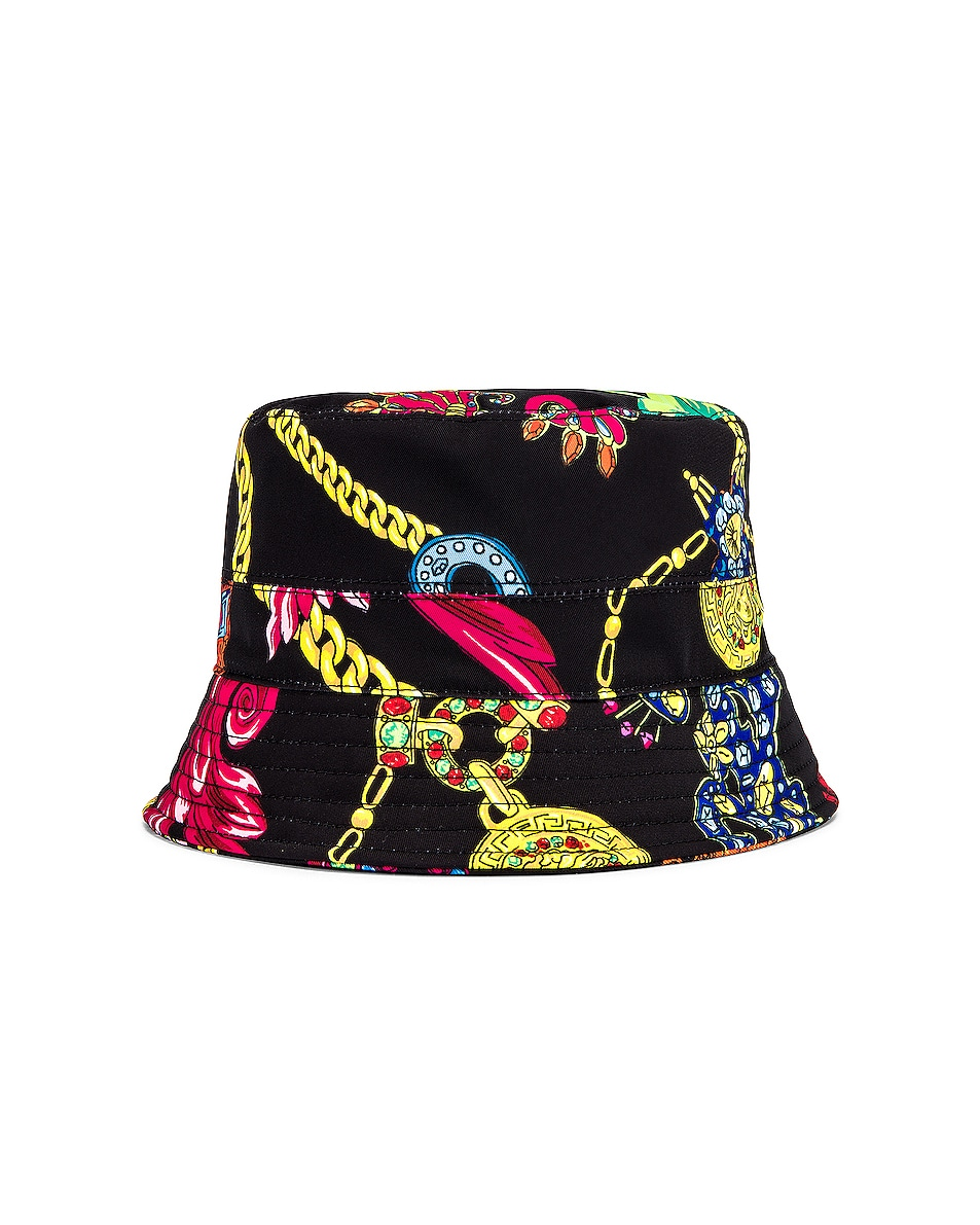 Image 2 of VERSACE Cap in Nero & Stampa
