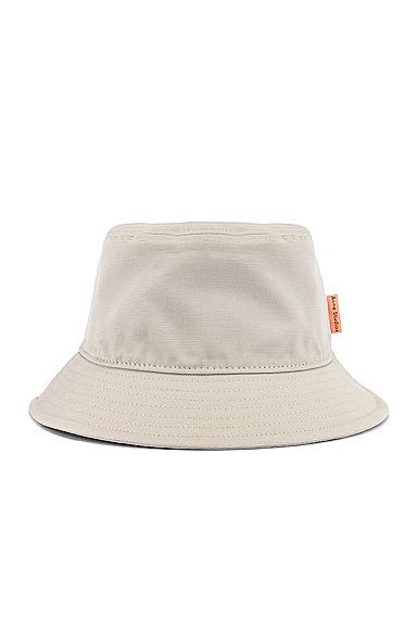 Brun Hat