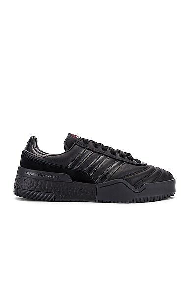 AW Bball Soccer Sneaker