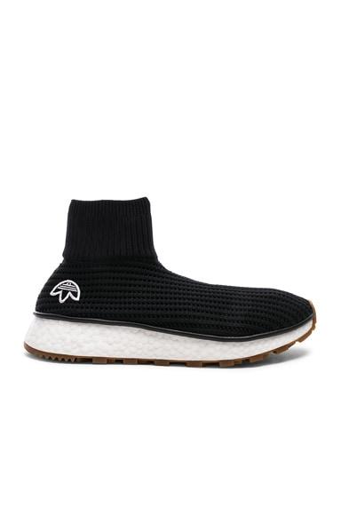 Run Clean Sneakers