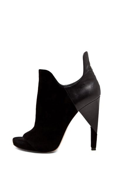 Devon Graphic Sandal