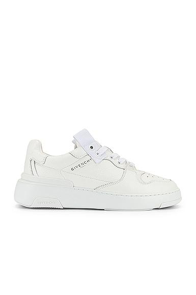 Wing Low Top Sneakers