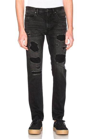 MR87 Destroy Jeans