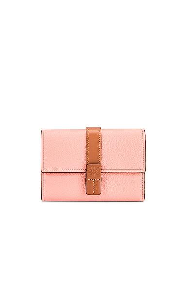 Loewe Small Vertical Wallet in Pink