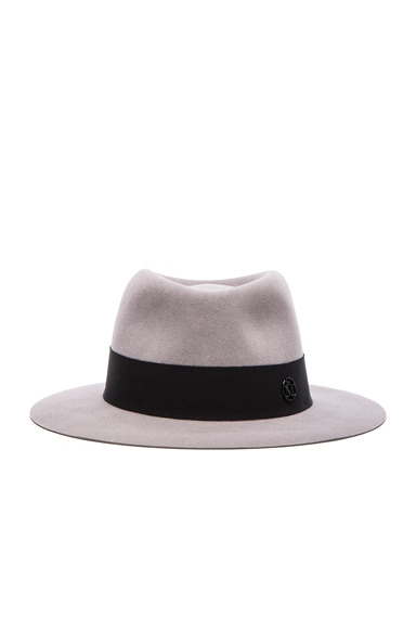 Andre Hat