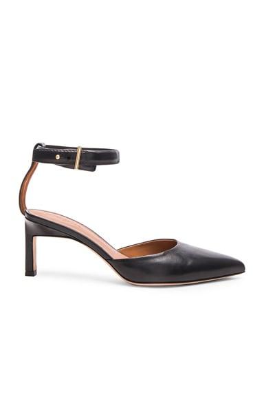 Leather Pointed Mid Heels en Noir