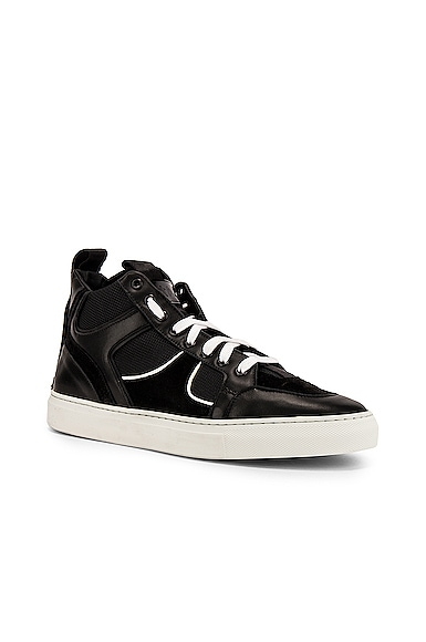 1001 Sneaker