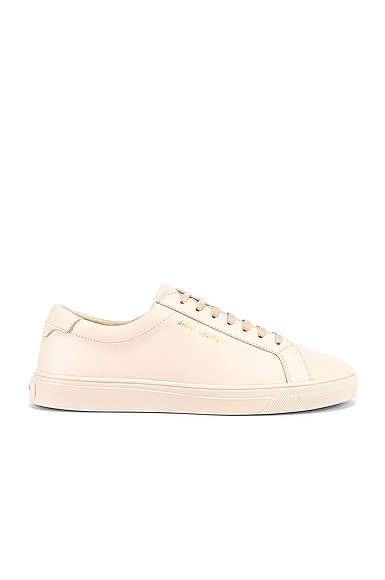 Andy Low Top Sneakers