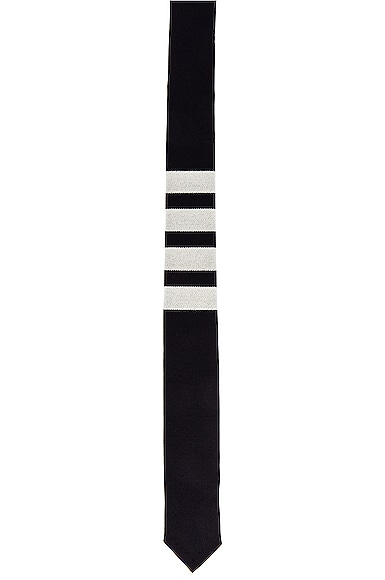 Classic 4 Bar Tie