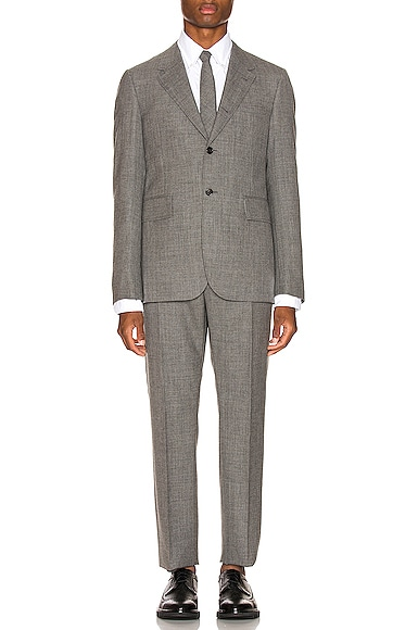 Wide Lapel Suit With Tie