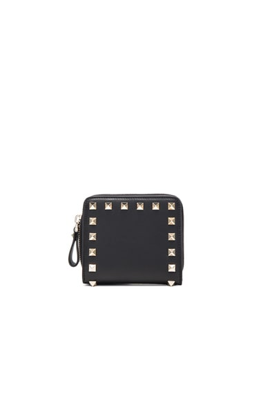 Rockstud Zip Around Wallet in Nero