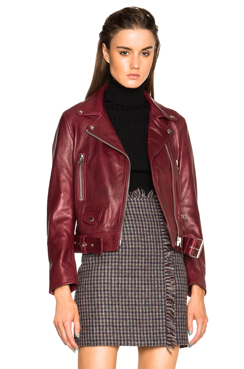 acne maroon red
