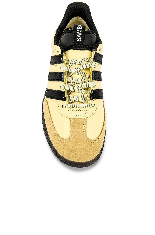 Image 4 of adidas Originals Samba OG MS in Easy Yellow & C Black & FTW White