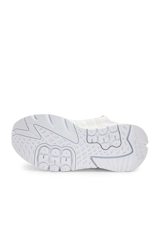 Image 6 of adidas Originals Nite Jogger in White