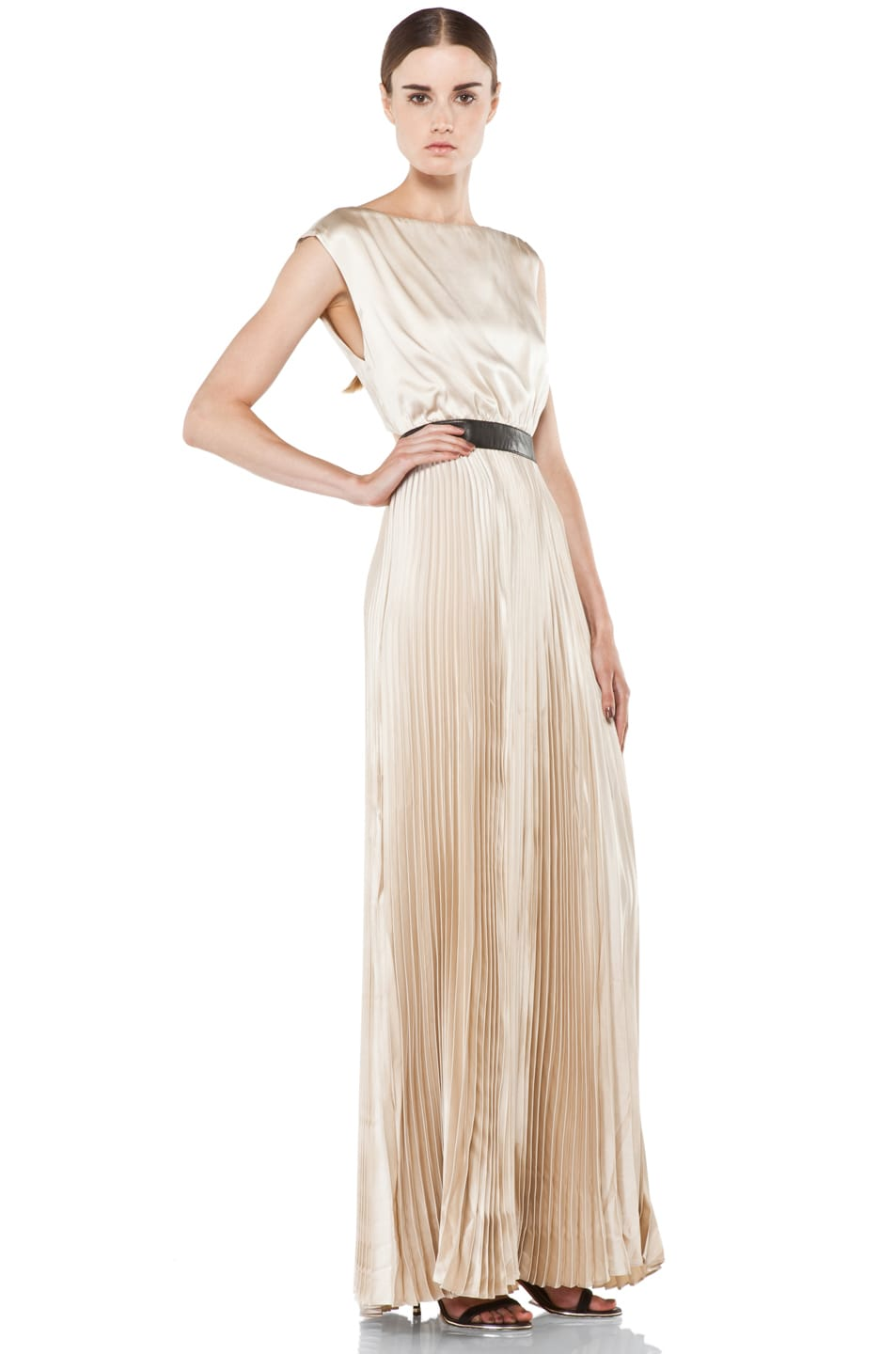 Alice Olivia Triss Pleated Long Maxi Dress In Nude Fwrd