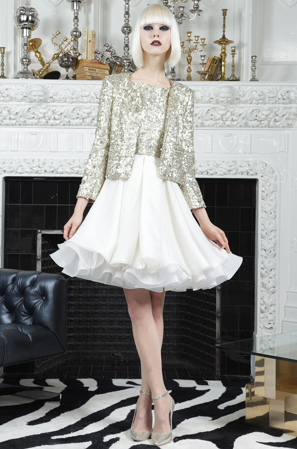 Image 6 of Alice + Olivia Brianna Open Front Sequin Jacket in Gold