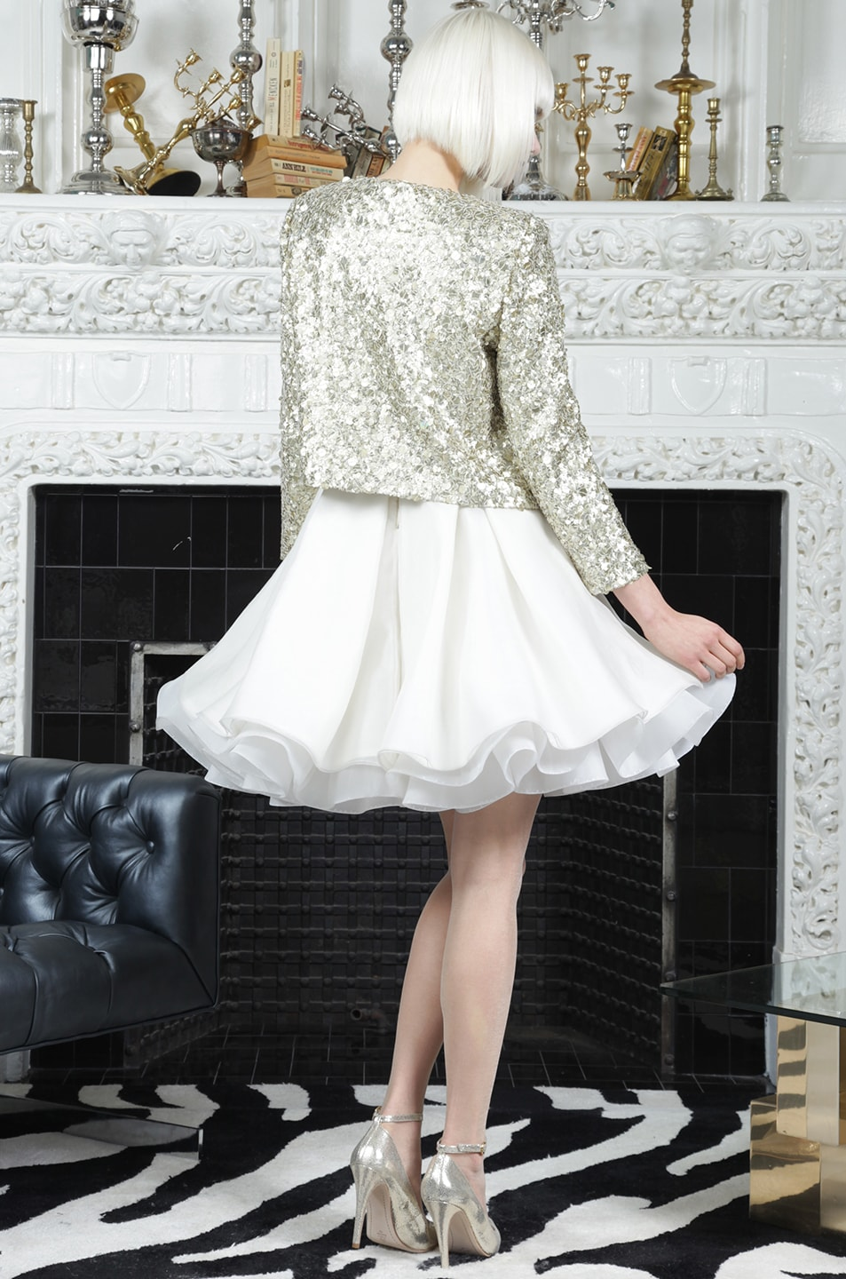Image 7 of Alice + Olivia Brianna Open Front Sequin Jacket in Gold