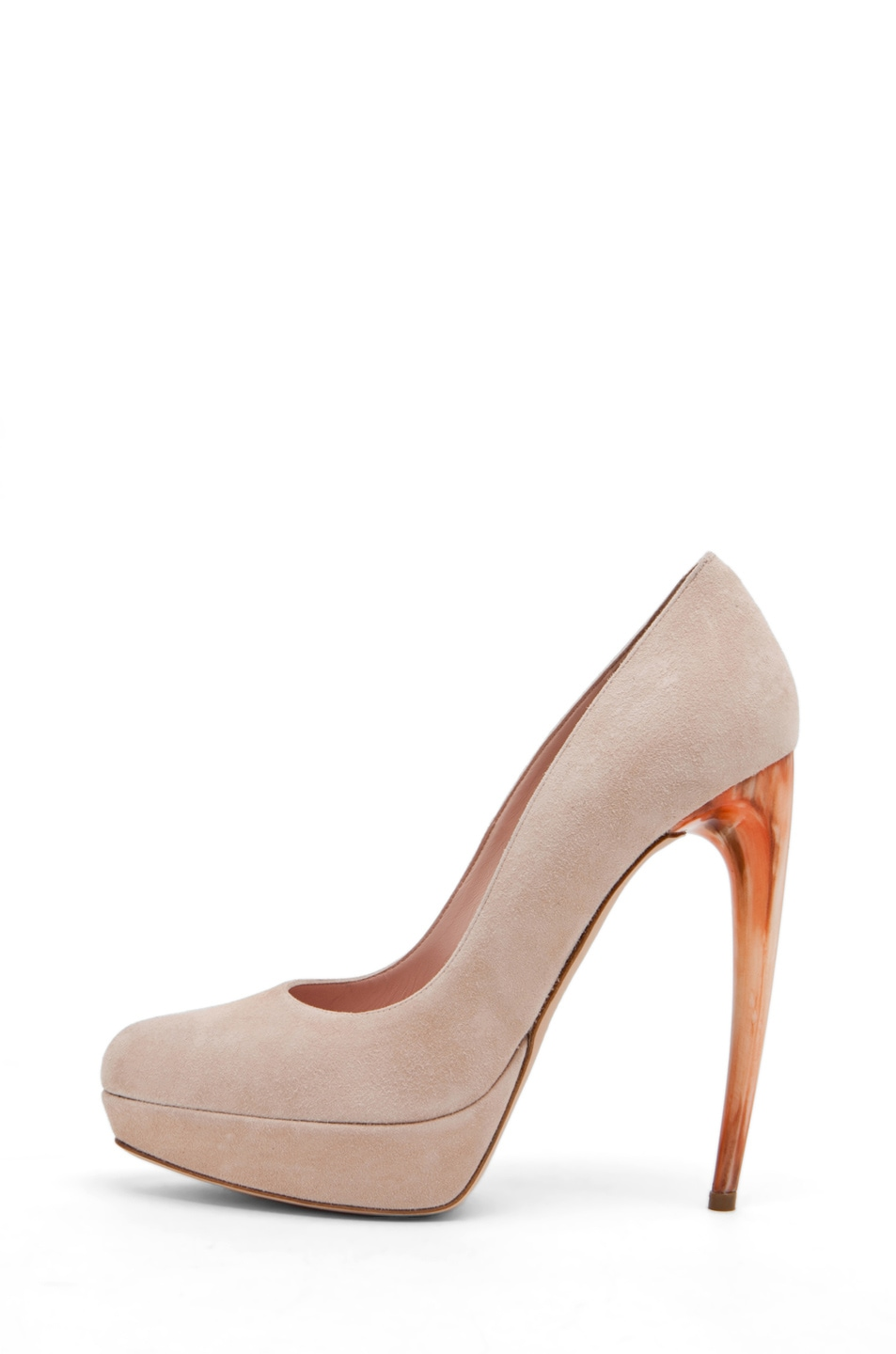 Image 1 of Alexander McQueen Pump in Pale Pink