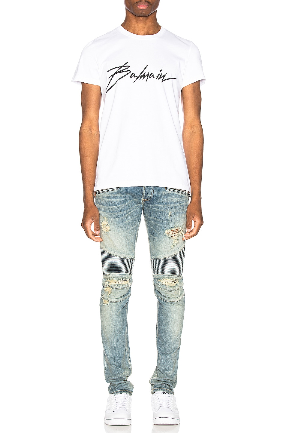 Image 4 of BALMAIN Signature T-Shirt in Blanc