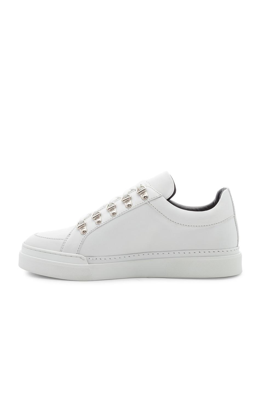 Balmain Leather Coral Low Sneakers in . h7NWG4N