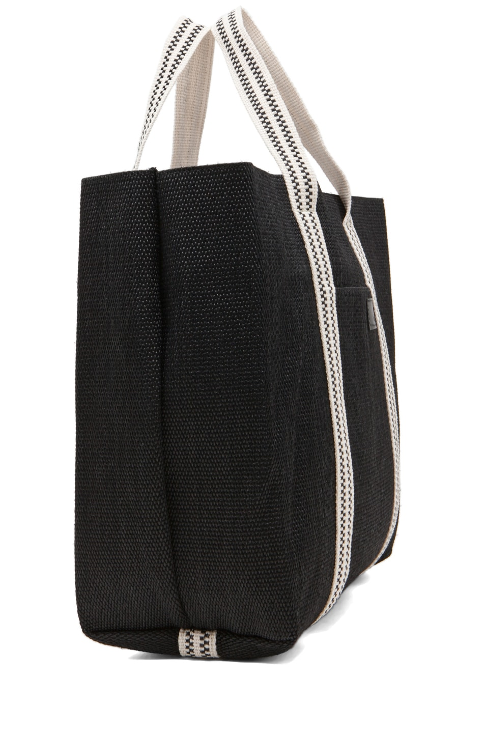 Chloe Borsa Beach Bag in Black | FWRD